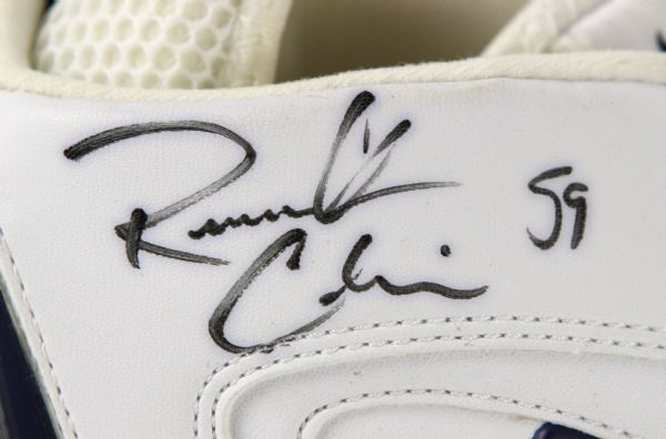 ROOSEVELT COLVIN DATED GAME USED & SIGNED CLEATS PATRIOTS PSA/DNA